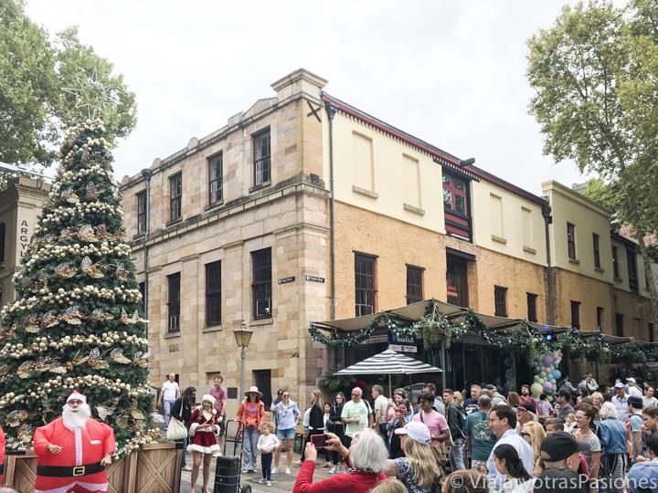 Panorama del mercado de Navidad en The Rocks en Sydney, Australia