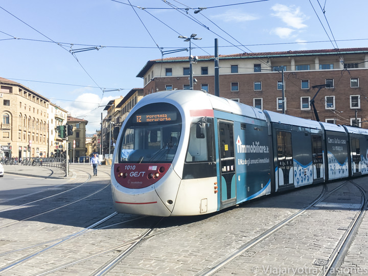 Imagen de la línea 2 del tranvía de Florencia va del aeropuerto directo al centro de la ciudad