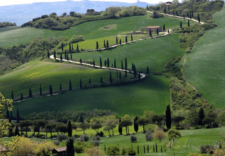 Espectacular panorama de la Val d'Orcia en Toscana, Italia