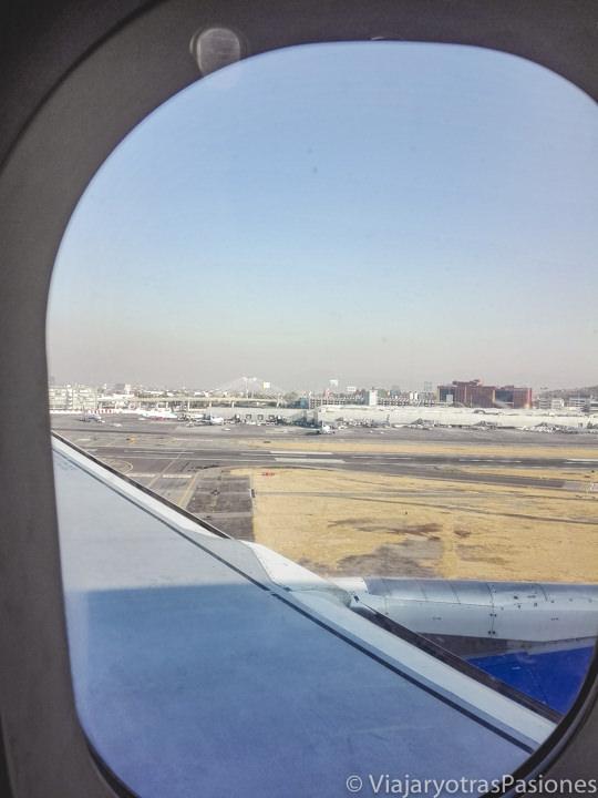 Aterrizando en el aeropuerto internacional Benito Juárez