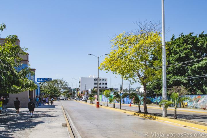 Carretera en Playa del Carmen, México