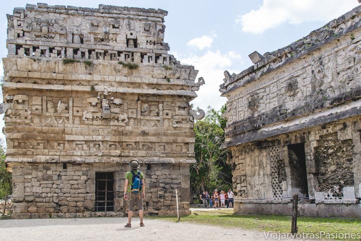 Detalle del Complejo de las Monjas en Chichén Itzá, México