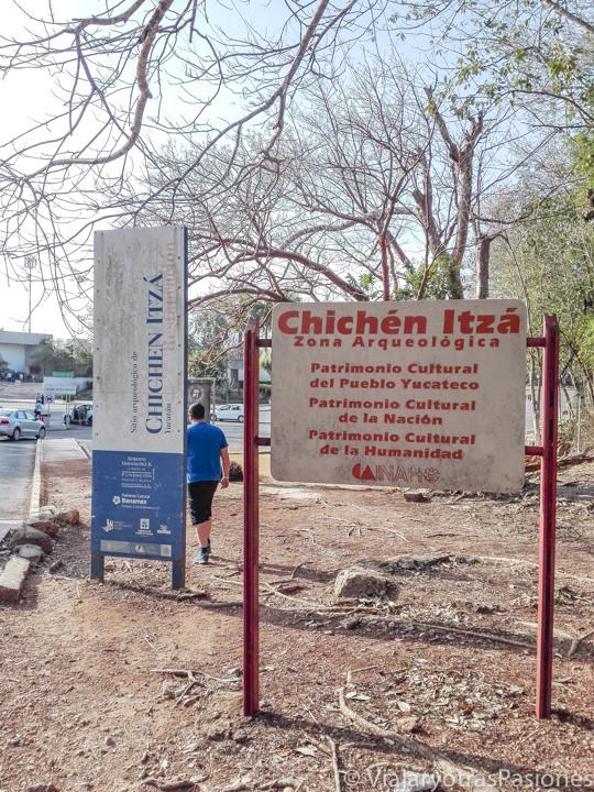 Llegada a la zona arqueológica de Chichén Itzá, México