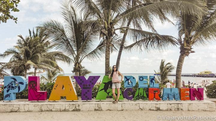 Típico letrero de Playa del Carmen en México