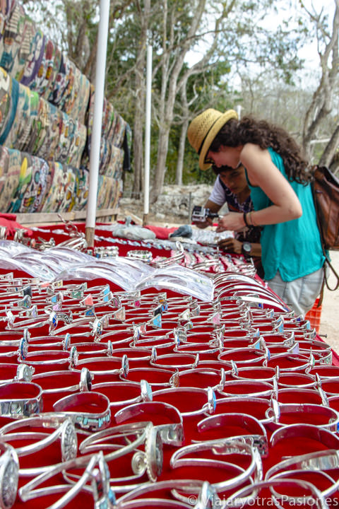 Puesto del mercadillo de Chichén Itzá, México