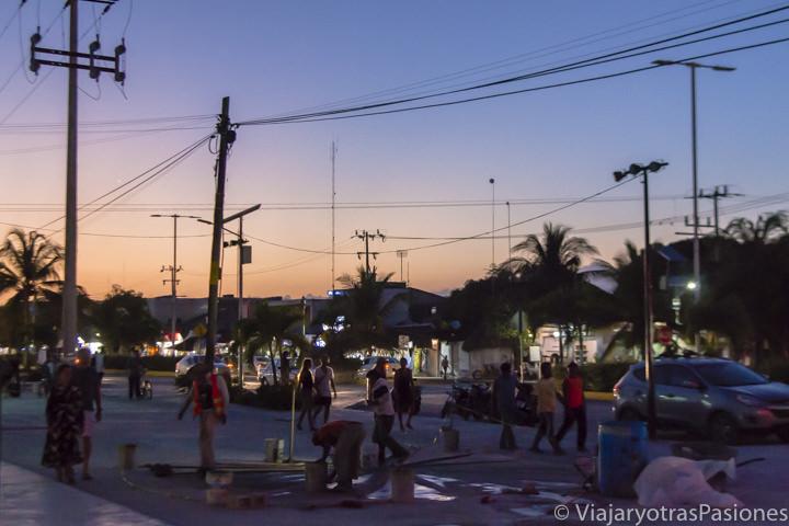 Espectacular atardecer en Tulum, México