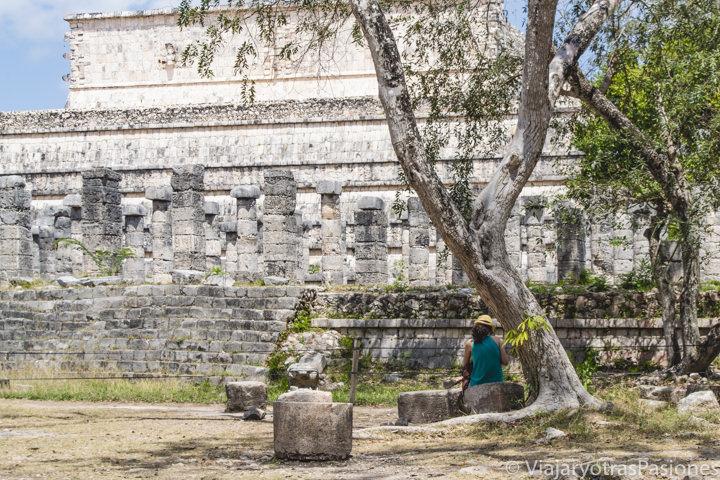 Detalle de uno de los edificios de la zona arqueológica de Chichén Itzá, México