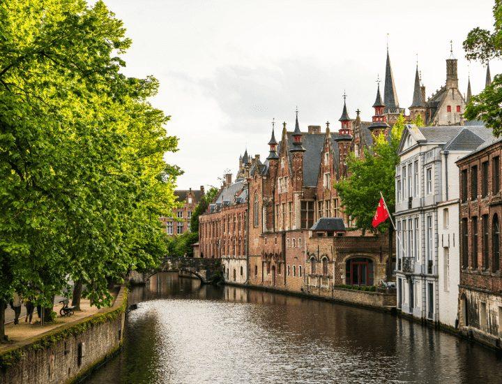 Precioso paisaje de la ciudad de Brujas, Bélgica
