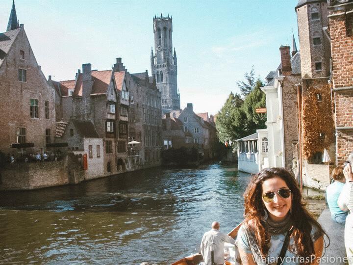 Panorama desde el muelle del Rosario en la ciudad de Brujas, Bélgica