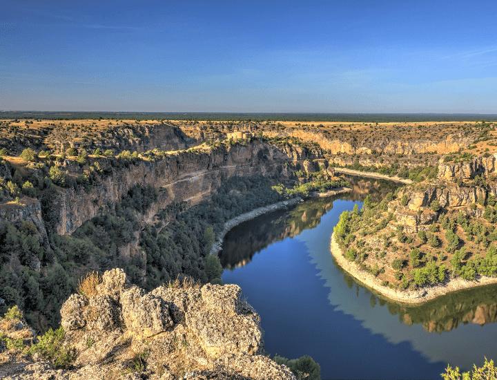 Hermosa vista de la Hoces del Duratón cerca de Sepúlveda, en España