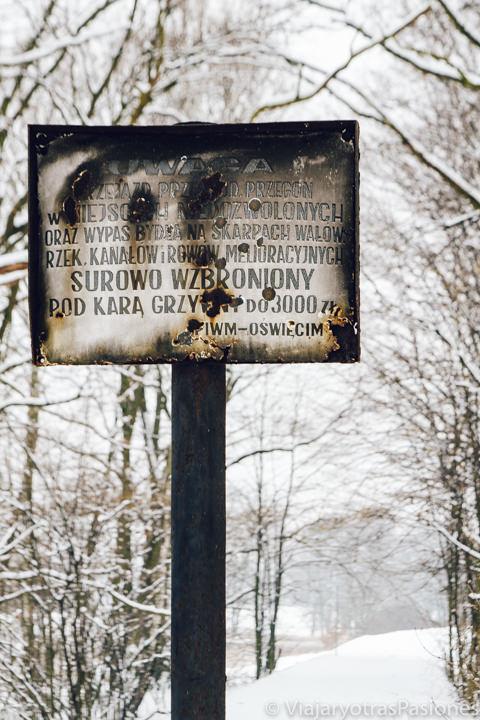 Cartel en el Campo de Birkenau, en Polonia