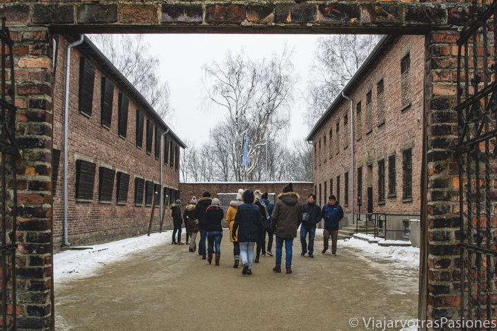 Patio de los fusilamientos en el campo de concentración Auschwitz, en Polonia